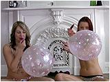 kiss balloons