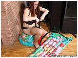 Sam pumps up an airmat